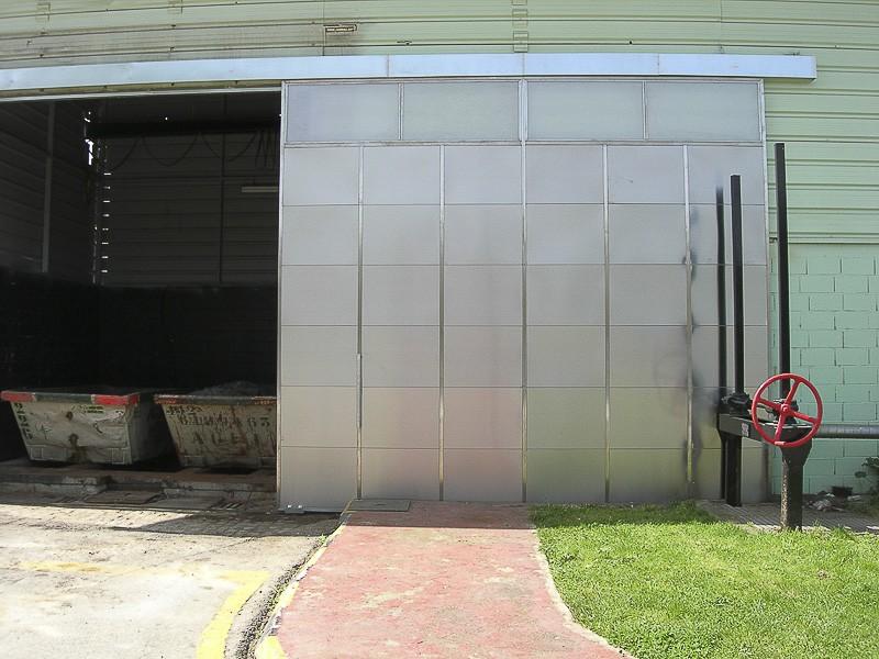 puertas correderas industriales acero madrid
