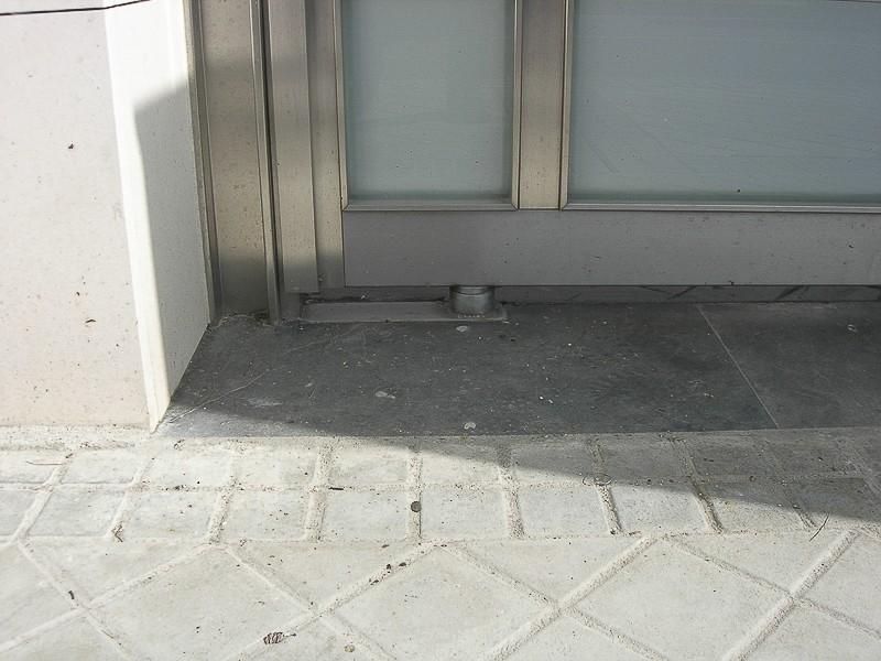 puertas acero inox comunidades madrid