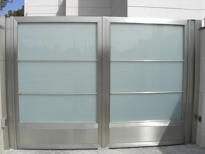 puertas garaje comunidades madrid