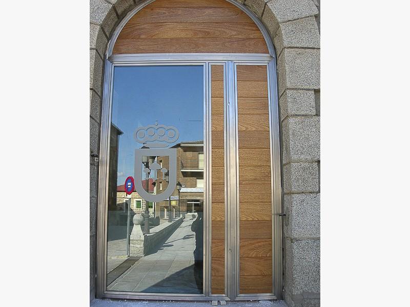 puertas de acero para edificios madrid