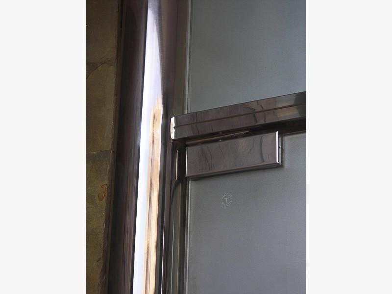 fabricación puertas acero madrid