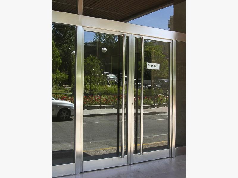 puertas forja portales madrid