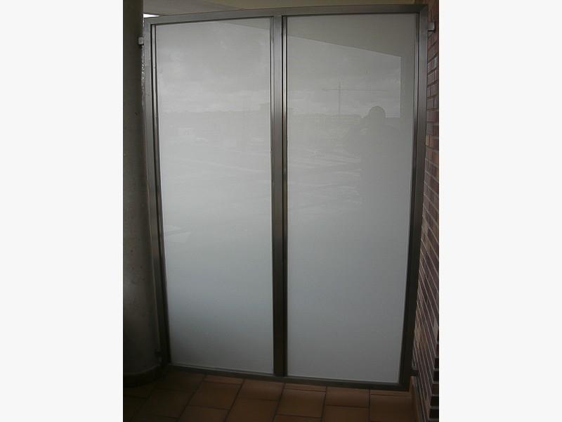 fabricacion puerta acero a medida madrid