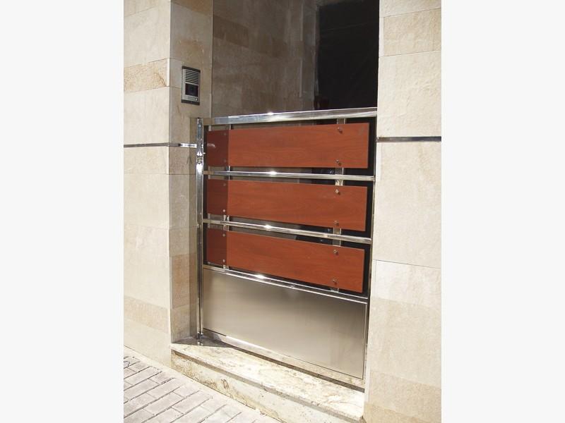 puertas acero de diseño madrid