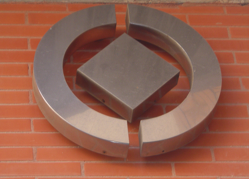 logotipos corpóreos acero madrid